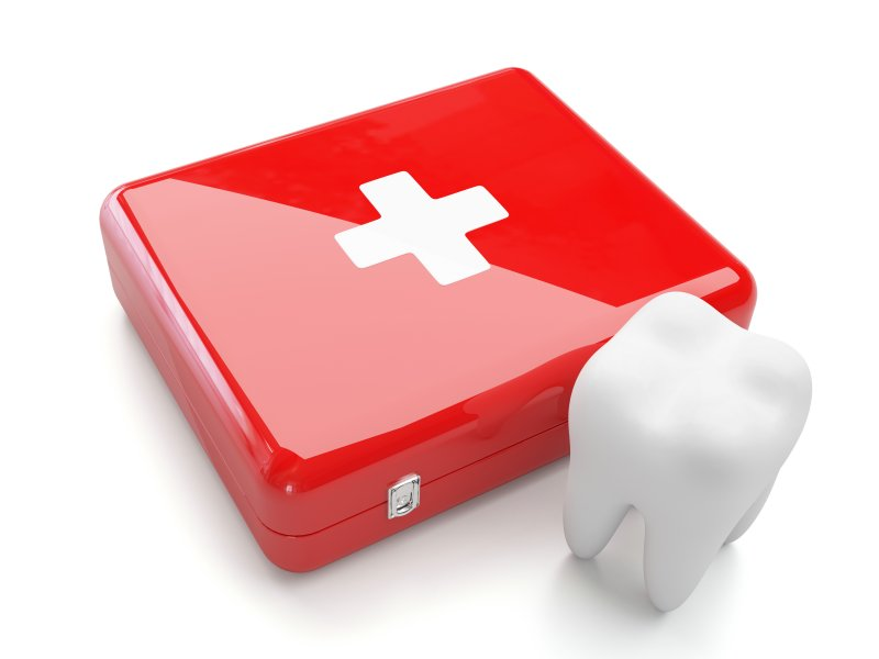 Illustration of tooth next to emergency kit